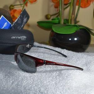 bcc230f900b5 Arnette Half Rim Athletic Sunglasses Made in Italy